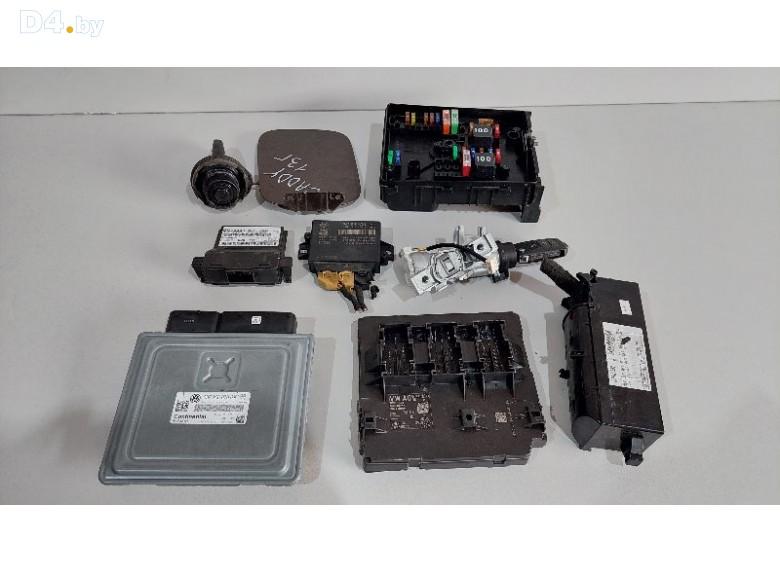 Блок управления двигателем к Volkswagen Caddy undefined г.