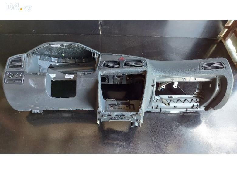 Панель передняя салона (торпедо) к Volvo S60 undefined г.