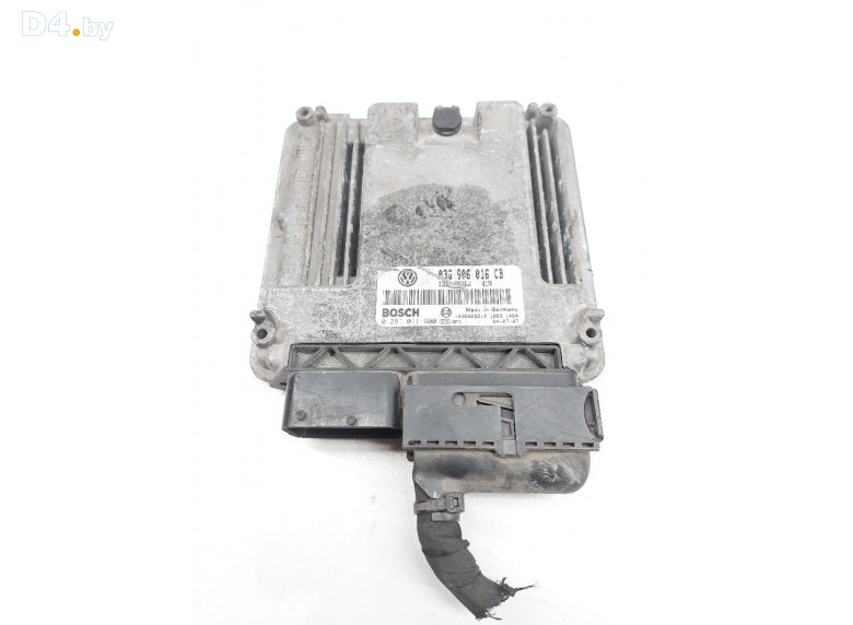 Блок управления двигателем к Volkswagen Golf undefined г.