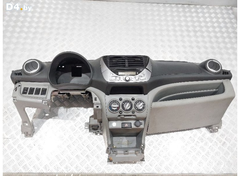Панель передняя салона (торпедо) к Nissan Pixo undefined г.