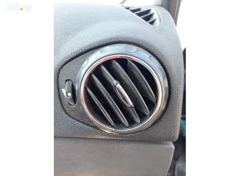 Дефлектор обдува салона к AlfaRomeo 147 undefined г.