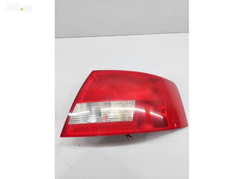 Фонарь задний правый к Audi A4 undefined г.