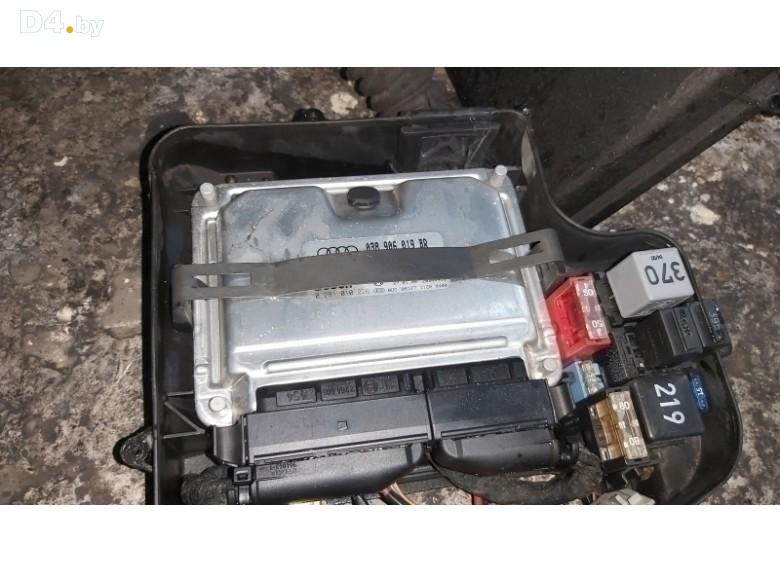 Блок управления двигателем к Audi A4 2000 г.