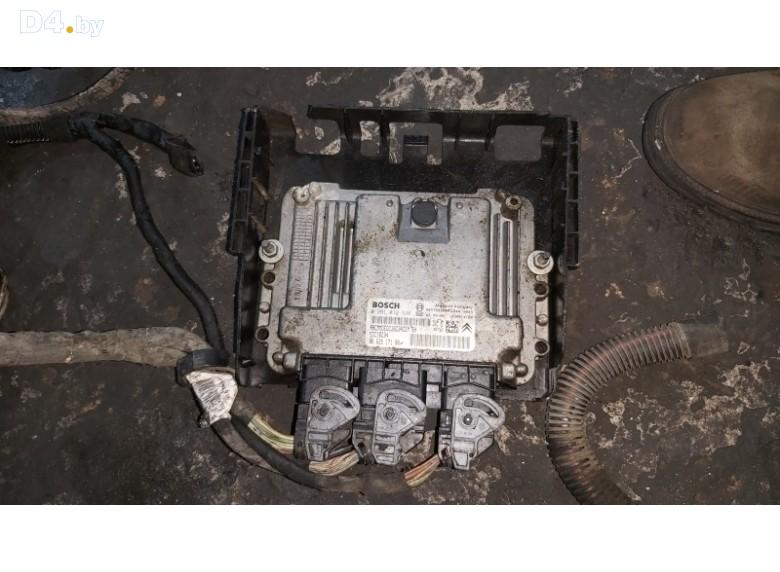 Блок управления двигателем к Peugeot 207 2006 г.