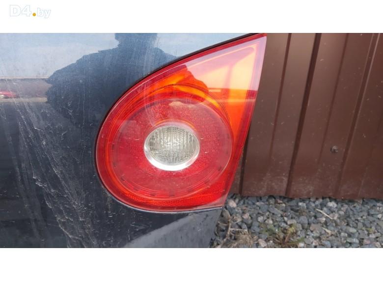 Фонарь крышки багажника правый к Volkswagen GolfGTI undefined г.